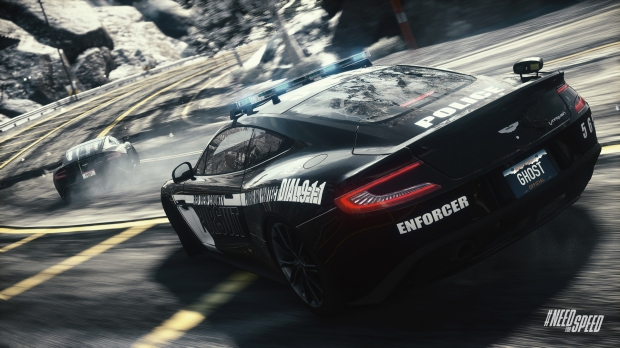 Need for Speed Rivals Aston-Cop-in-pursuit---Iconic-web (1)